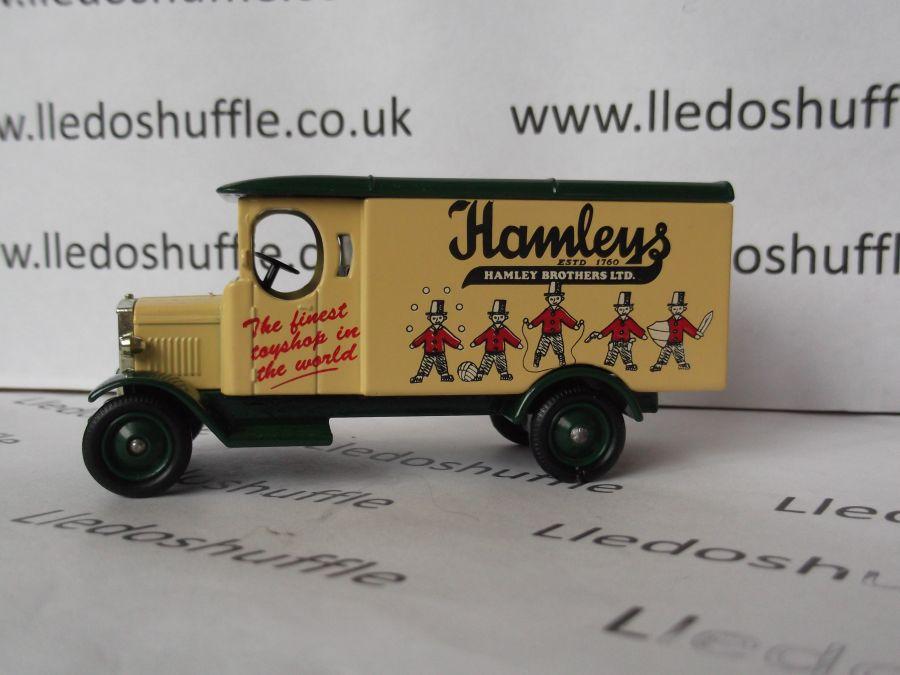 DG43011, Morris Van, Hamleys