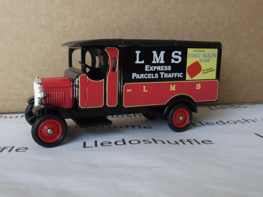 DG43046, Morris Van, LMS Express Parcels Traffic
