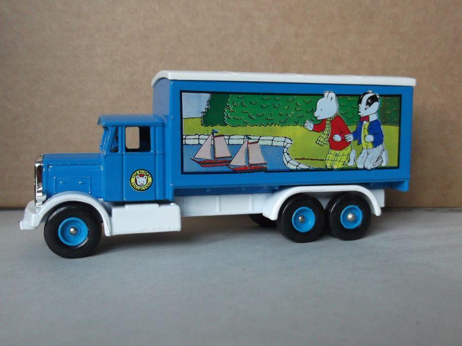 DG44015, Scammell 6w Truck, Rupert Bear
