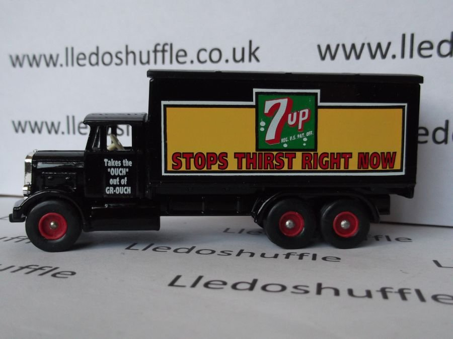 DG44019, Scammell 6w Truck, 7-Up
