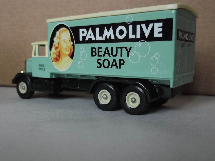 DG44039, Scammell 6w Truck, Palmolive Beauty Soap