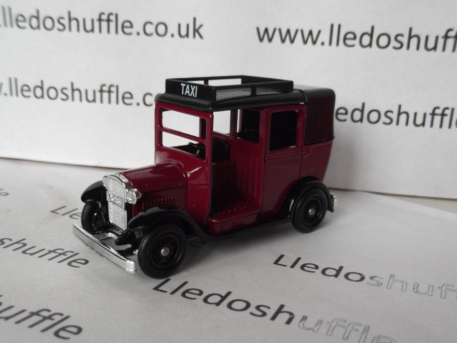 DG47004, Austin Taxi, Maroon Taxi