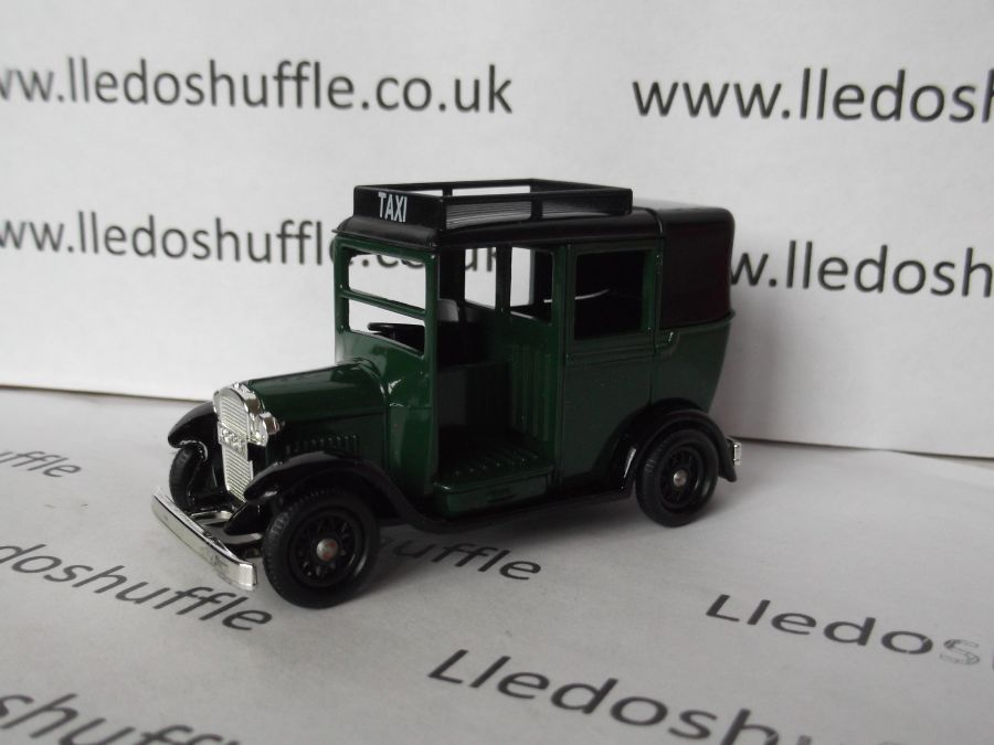DG47005, Austin Taxi, Dark Green Taxi