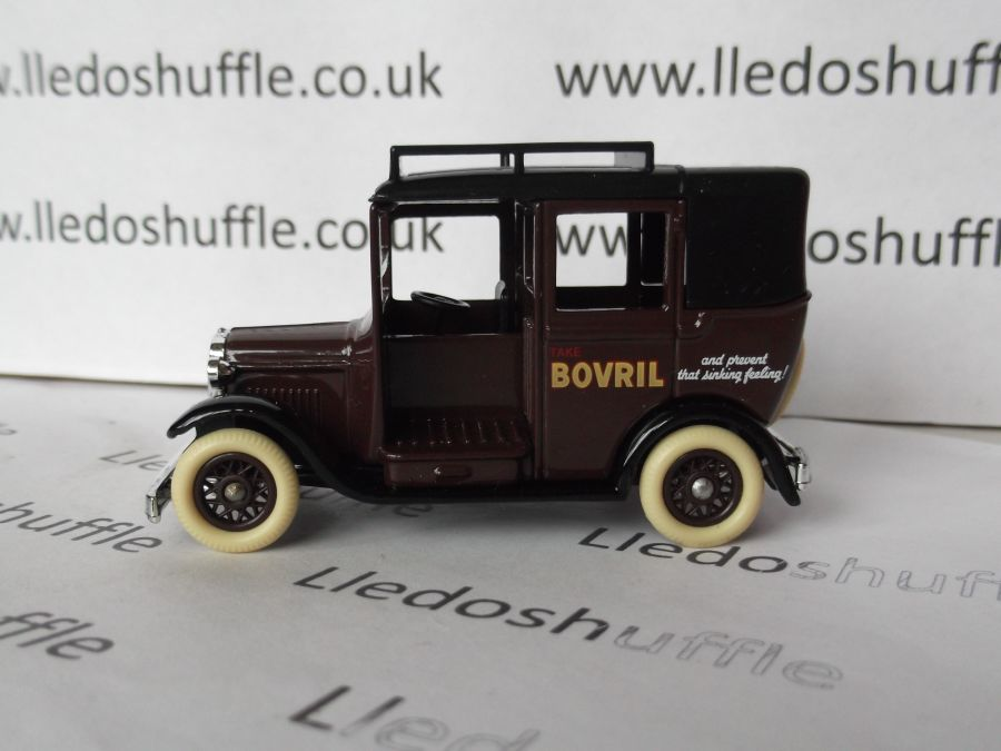 DG47008, Austin Taxi, Bovril