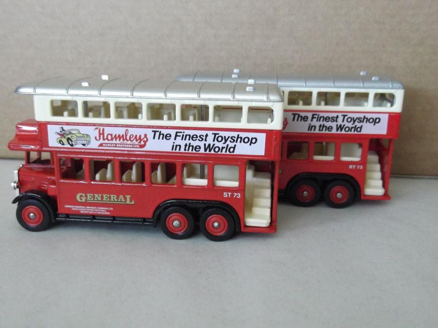 DG49002R, AEC Renown D/D Bus, General / Hamleys