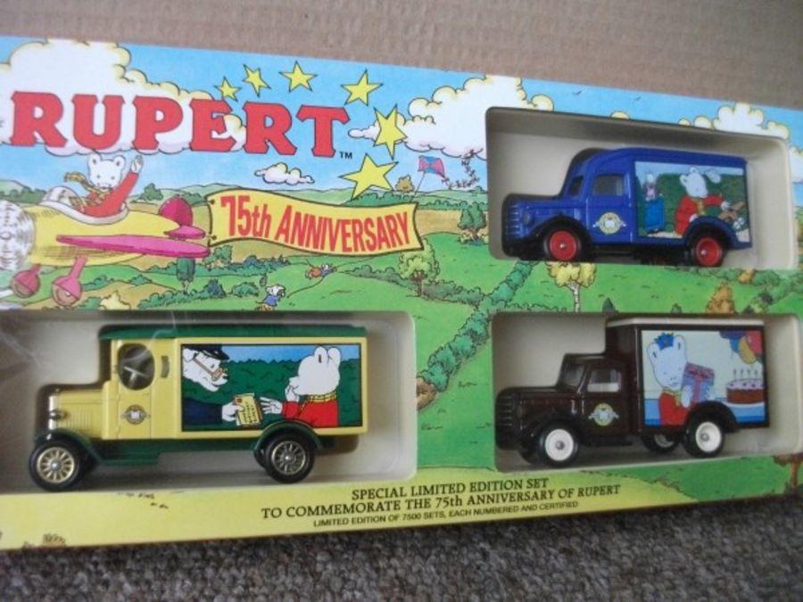 RUL1003, Rupert Bear 75th Anniversary Set