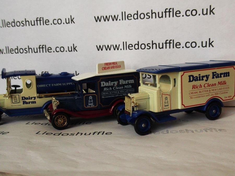 Dairy Farm Set 1990