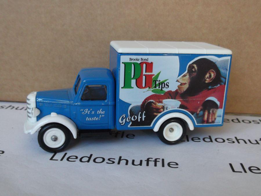 SL59000, Bedford 30cwt Truck, Brooke Bond PG Tips, Geoff Tipps