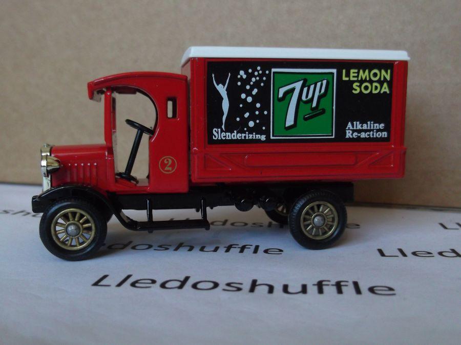SL66002, Dennis Delivery Van, 7-Up (Red Cab)