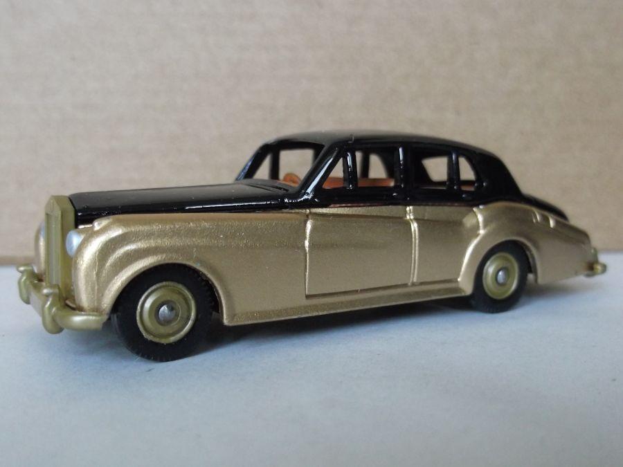 SL89002, Rolls-Royce Silver Cloud, Black & Gold