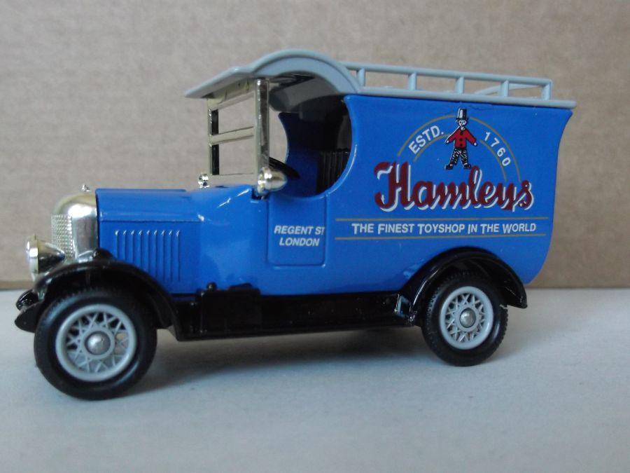 DG50002, Bull Nose Morris Van, Hamleys