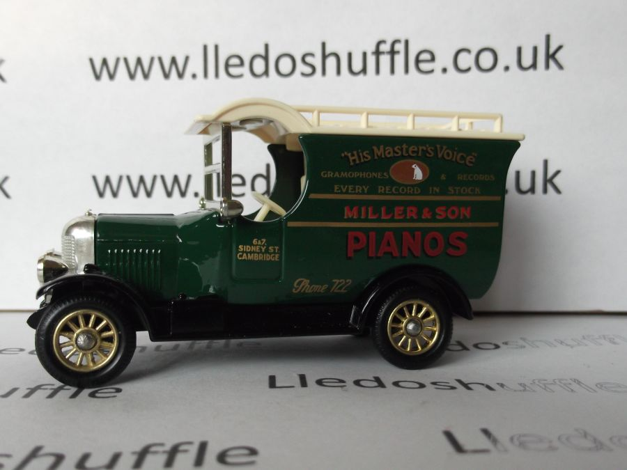 DG50003, Bull Nose Morris Van, HMV Miller Pianos