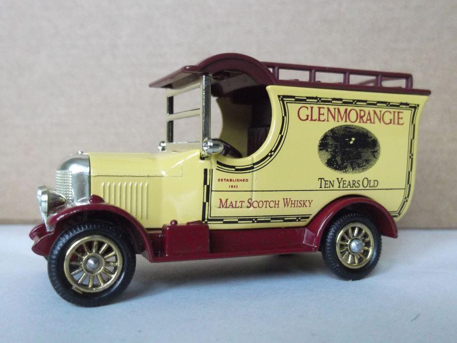 DG50021, Bull Nose Morris Van, Glenmorangie