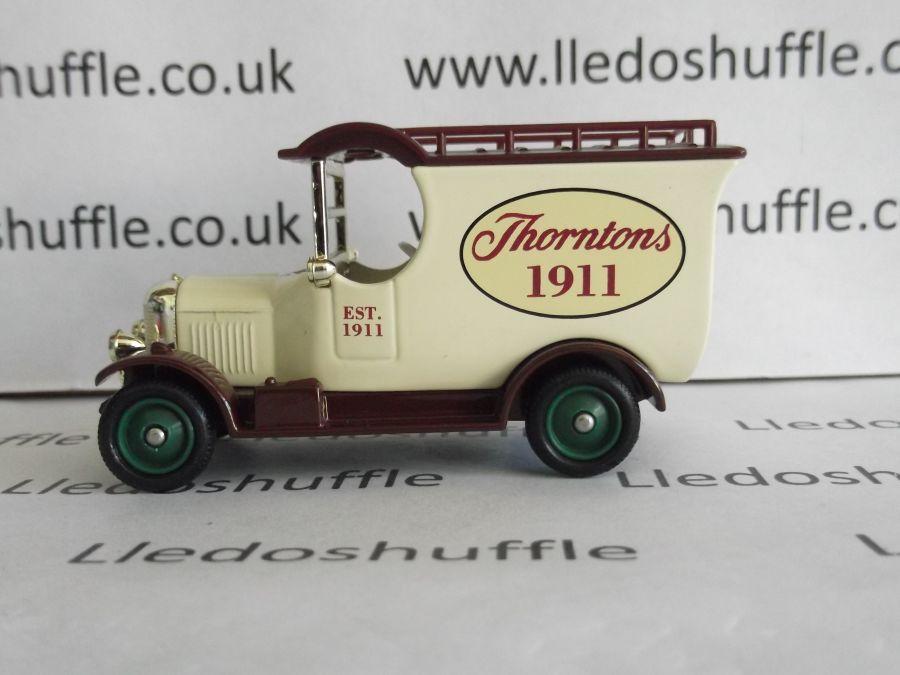 DG50042, Bull Nose Morris Van, Thorntons 1911