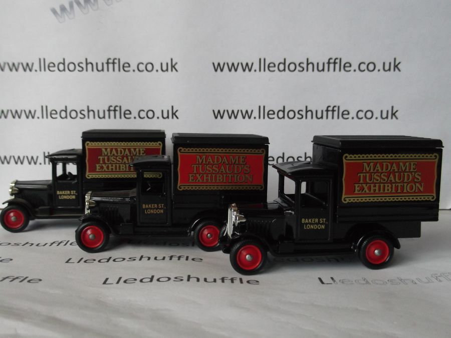 DG51000, Chevrolet Box Van, Madame Tussauds Exhibition