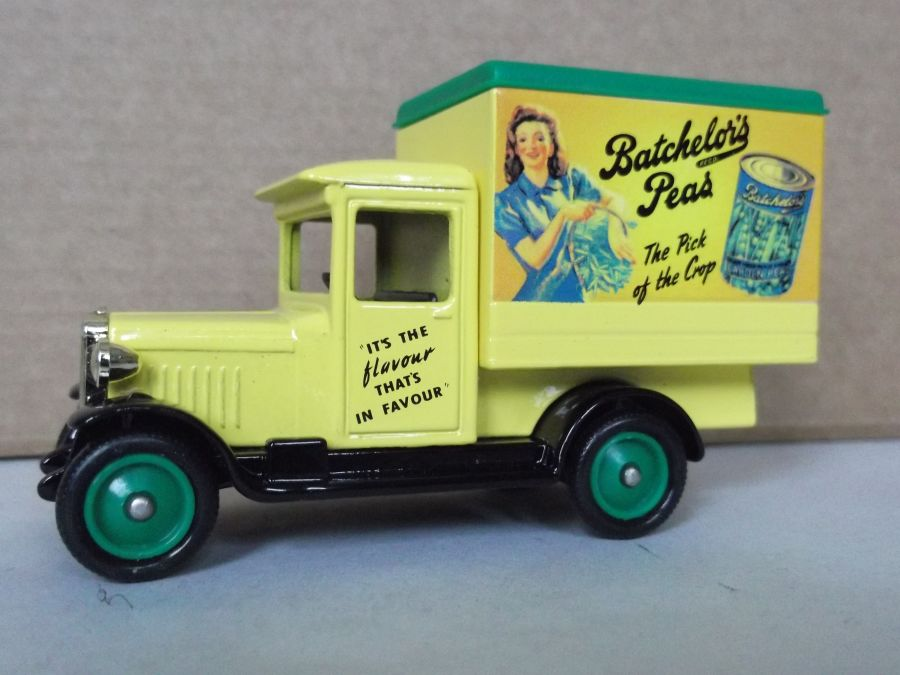 DG51021, Chevrolet Box Van, Batchelors Peas