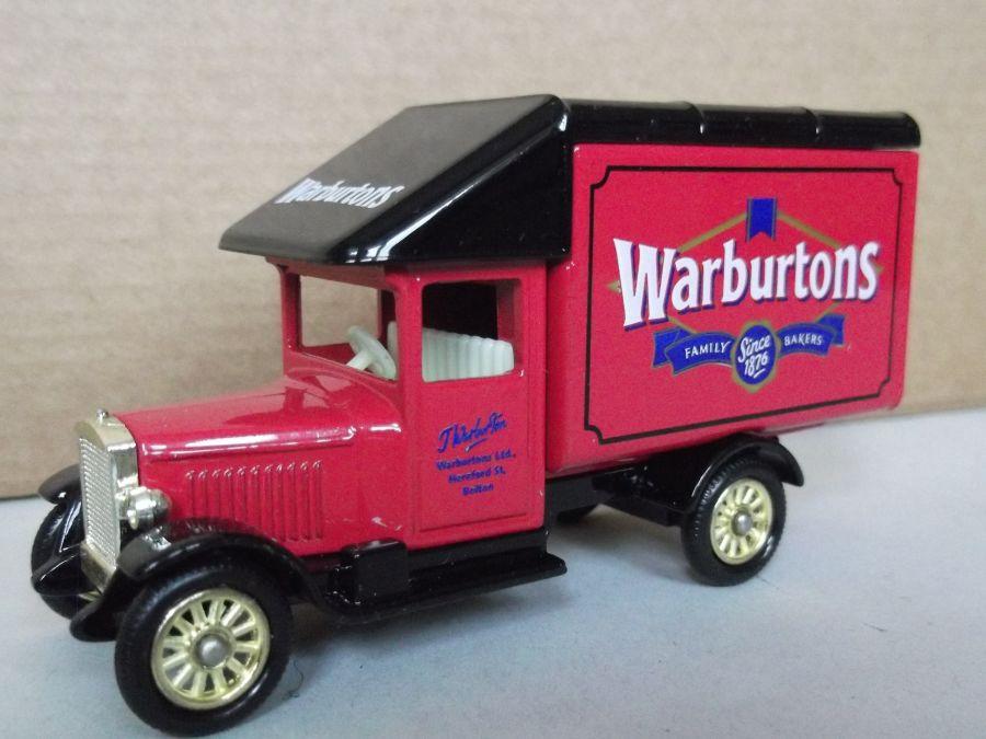 DG52027, Morris Parcels Van, Warburtons