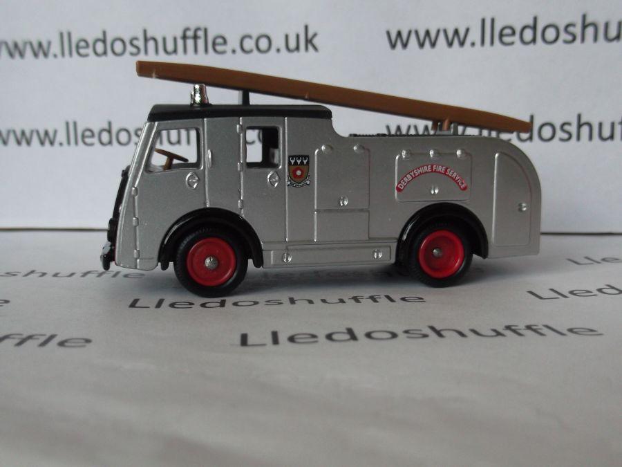 DG60001, Dennis F8 Fire Engine, Derbyshire Fire Brigade