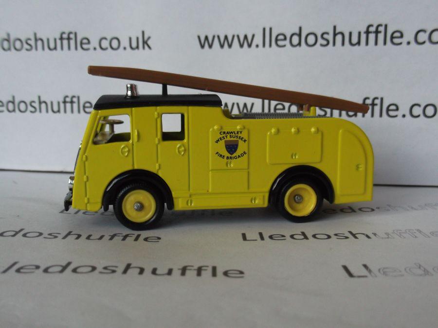 DG60003, Dennis F8 Fire Engine, West Sussex, Crawley