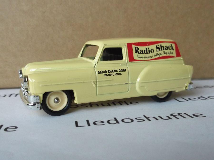DG61010, Pontiac Delivery Van, Radio Shack