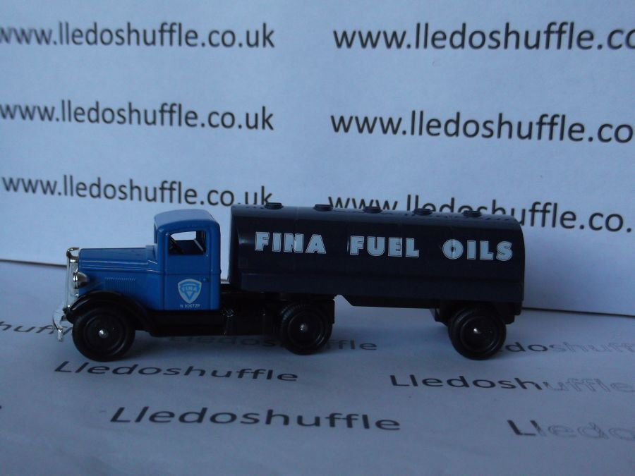 DG62002, Ford Articulated Tanker, Fina Fuel Oil