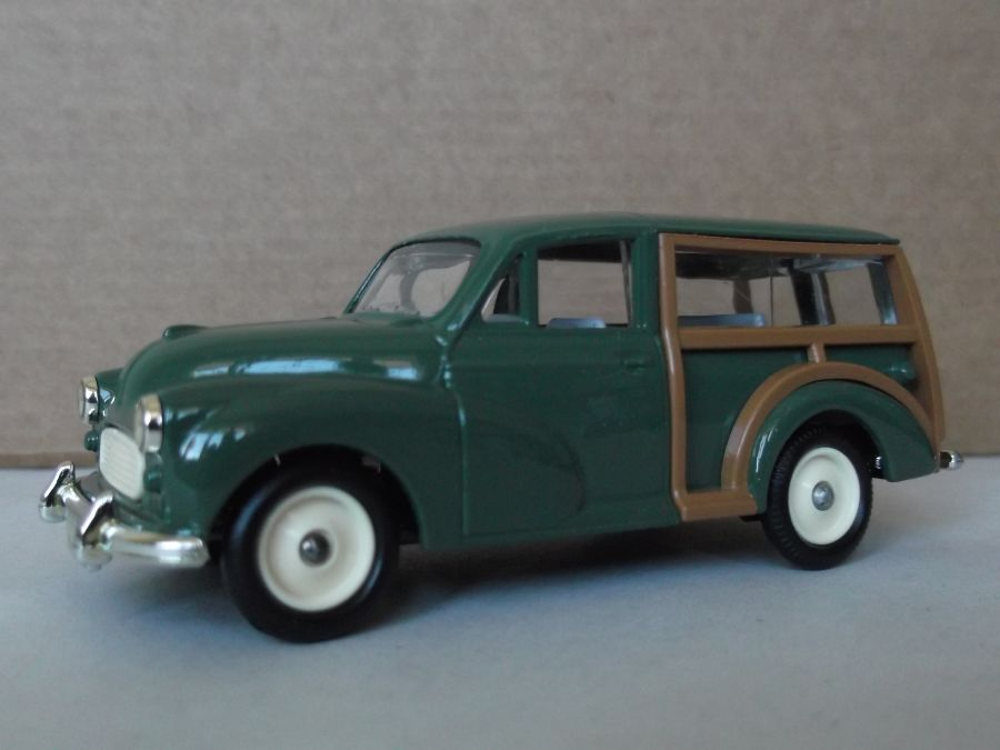 DG65000, Morris Minor Traveller, Green