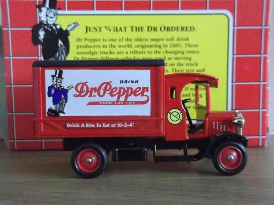 DG66007, Dennis Delivery Van, Dr Pepper