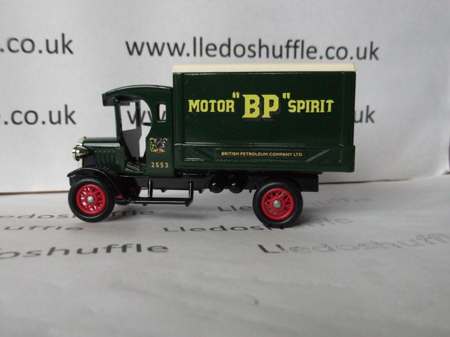DG66014, Dennis Delivery Van, BP Motor Spirit
