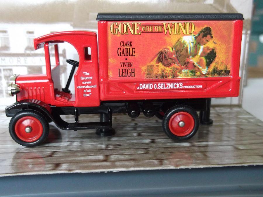 DG66029, Dennis Delivery Van, Gone with the Wind