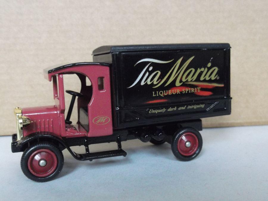DG66030, Dennis Delivery Van, Tia Maria