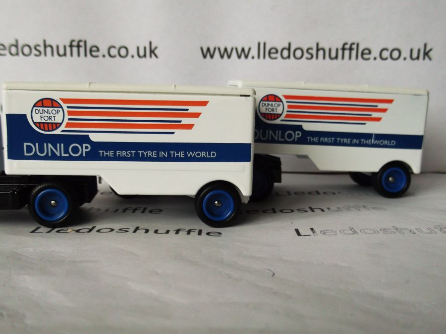 DG67000, Ford Articulated Truck, Dunlop