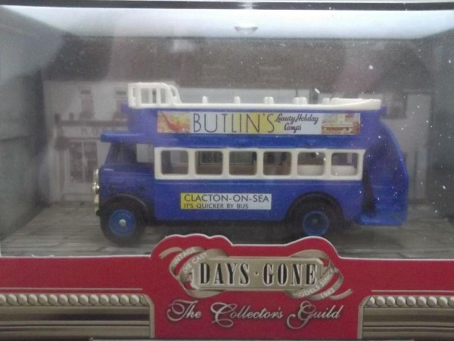 DG68010, AEC Regent Open Top Bus, Butlins