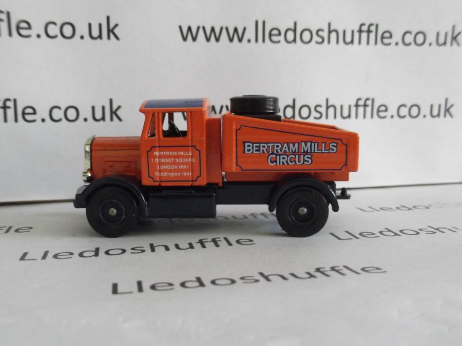 DG80002, Scammell Tractor Unit, Bertram Mills Circus