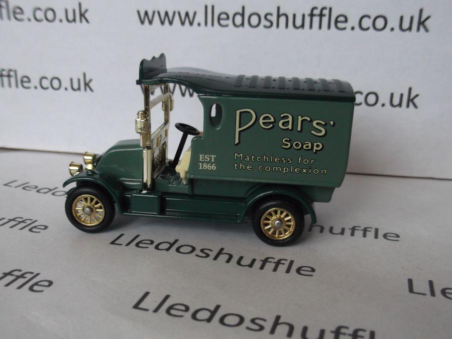 DG85015, Renault Van, Pears Soap