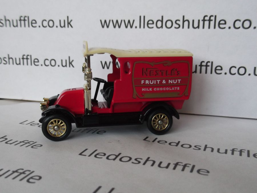 DG85018, Renault Van, Nestles Fruit and Nut