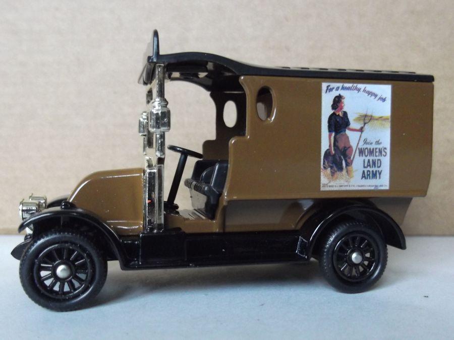 DG85020, Renault Van, Womens Land Army