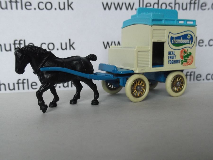 DG02001, Horse Drawn Milk Float, Chambourcy, Light Blue Chassis with DG2-DG3 Baseplate