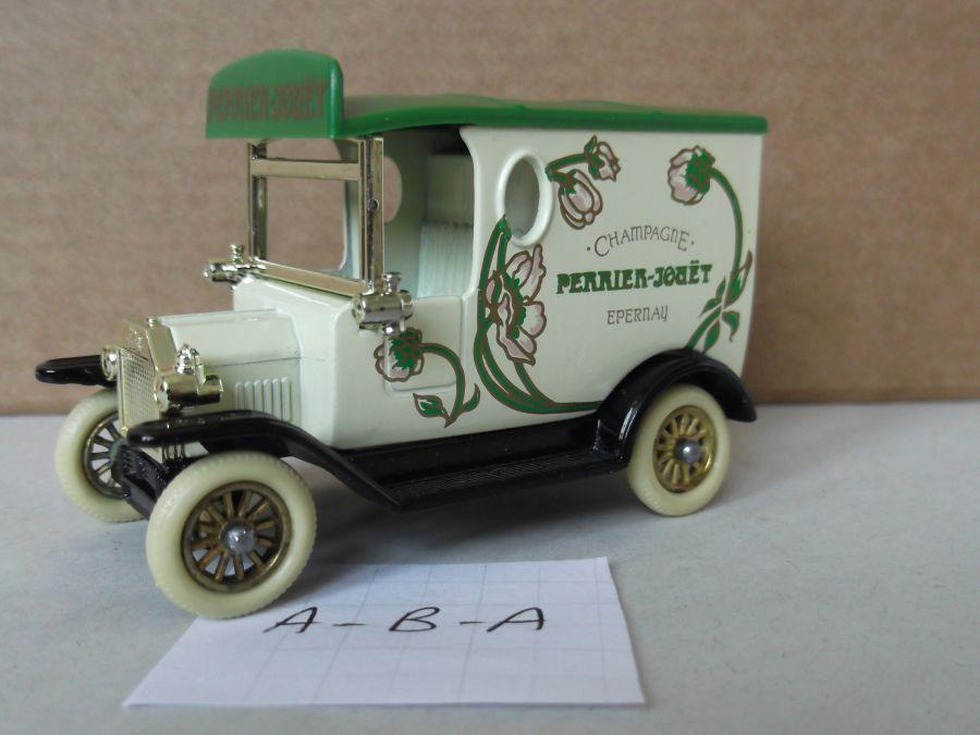 DG06018, Model T Ford Van, Perrier Jouet