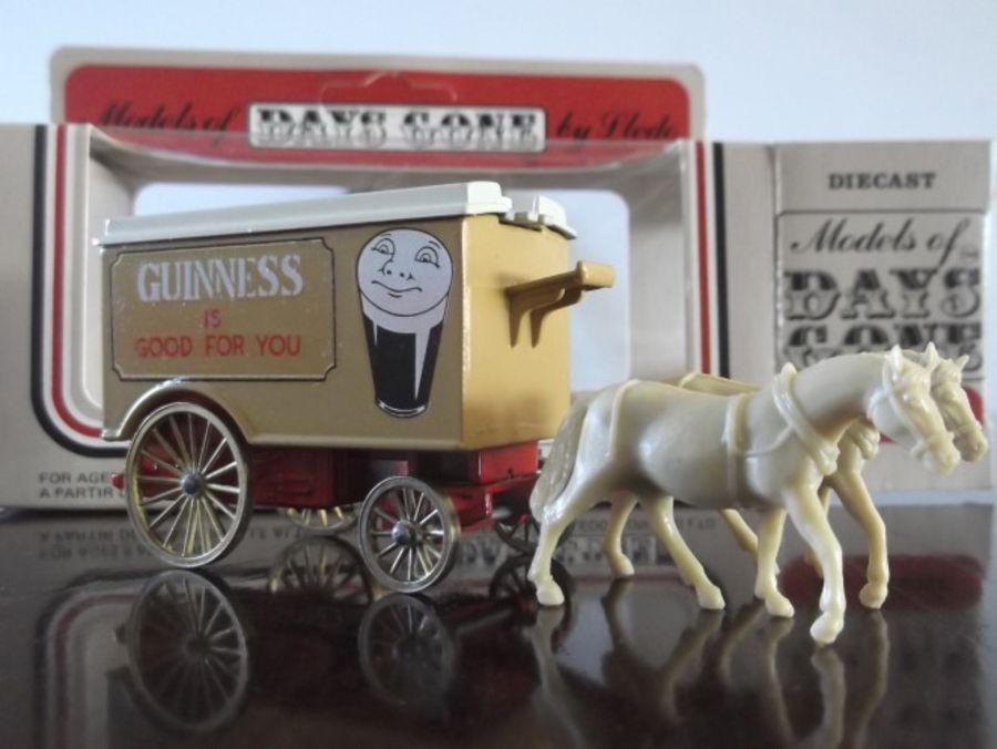 Code 3, DG11, Horse Drawn Removal Van, Guinness
