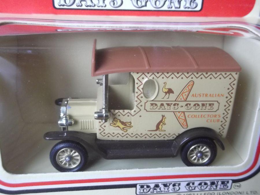 DG06036a, Model T Ford Van, Australian Collectors Club