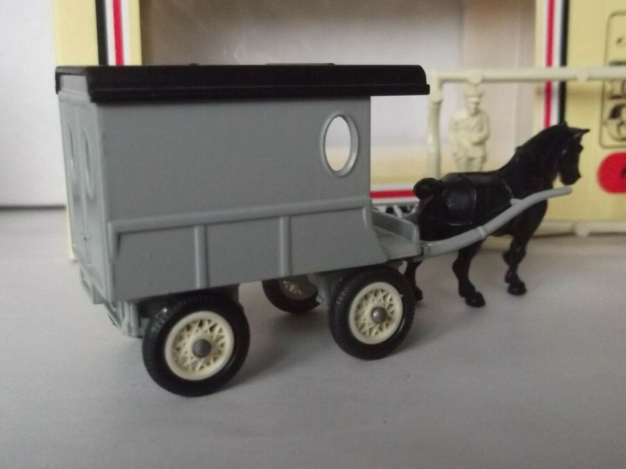 DG03, Horse Drawn Delivery Van, The Grey Series