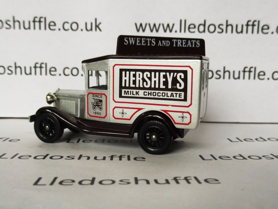 DG13043, Model A Ford Van, Hersheys Sweets & Treats