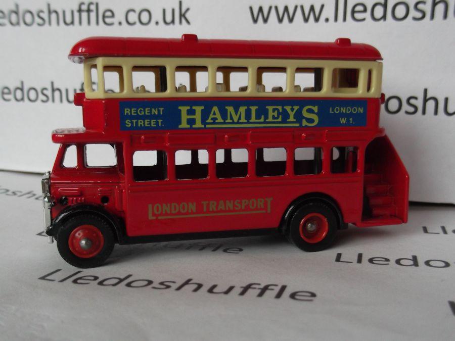 DG15003, AEC Regent Bus, Hamleys