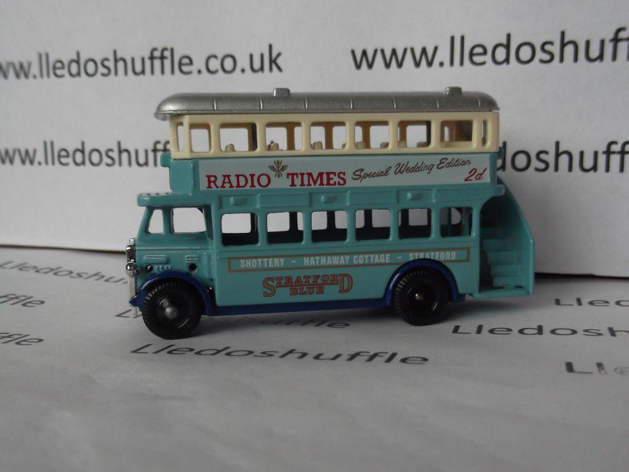 DG15013, AEC Regent Bus, Stratford Blue, Radio Times