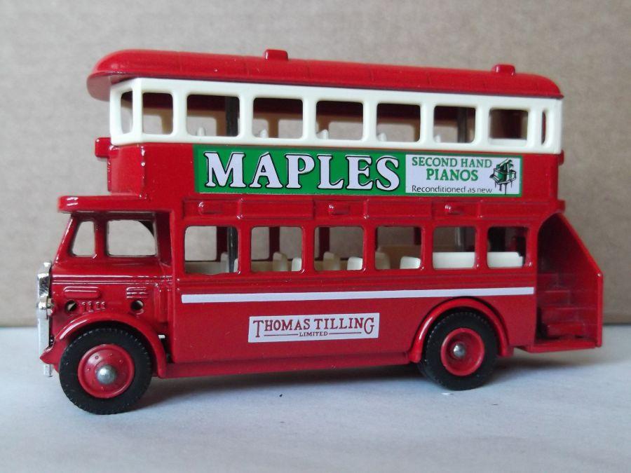 DG15019, AEC Regent Bus, Maples