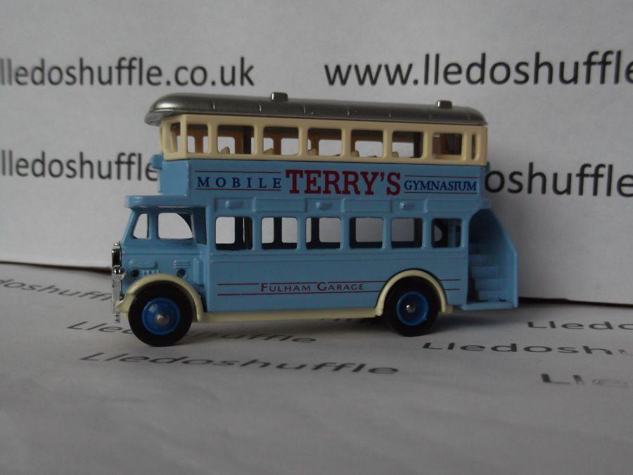 DG15020, AEC Regent Bus, Terrys Mobile Gymnasium