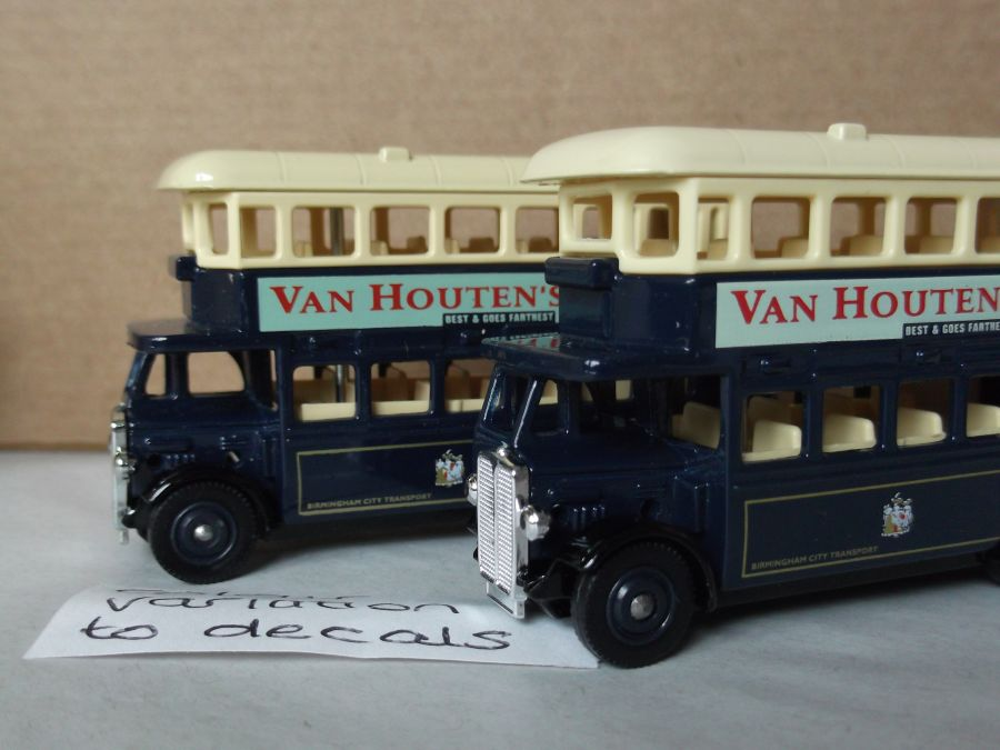 DG15030, AEC Regent Bus, Van Houtens Cocoa