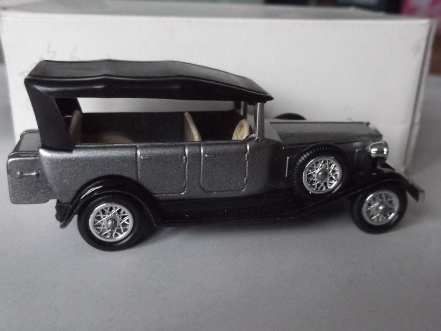 DG19003, Rolls Royce Phantom II Brewster, Metallic Grey & Black
