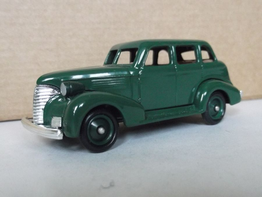 DG48013, Chevrolet Car, Green