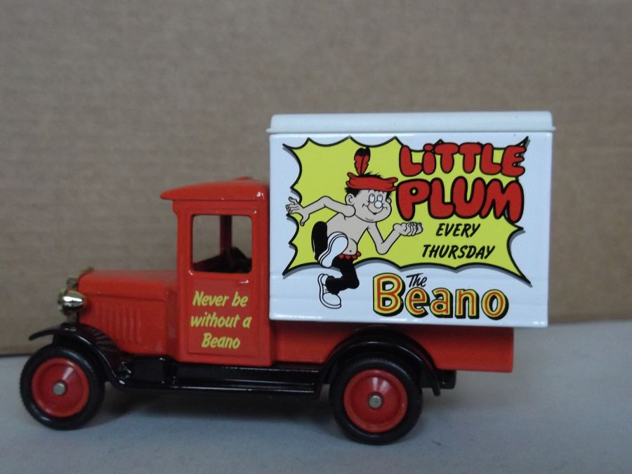 DG51026, Chevrolet Box Van, Little Plum, Beano